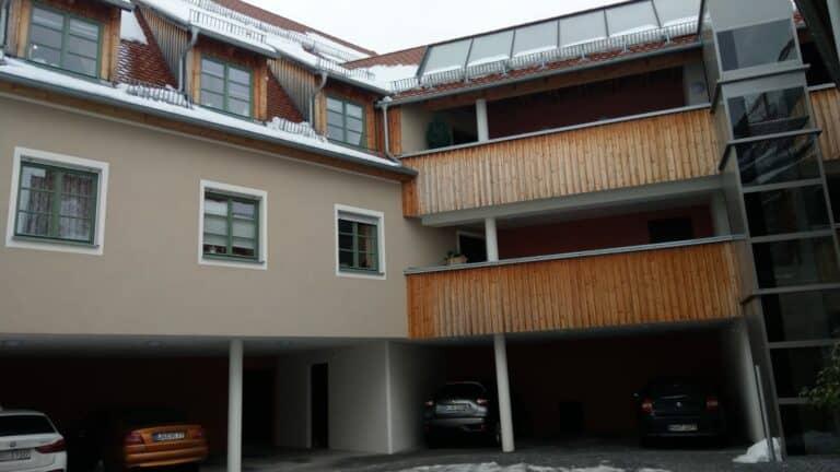 Wohnanlage mit Stellplätze, Altdorf Leistung: Rohbau